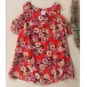 CAbi Cold Shoulder Floral Lush Blouse sz XS